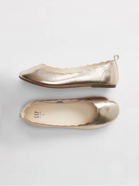 Kids Scallop Metallic Ballet Flats