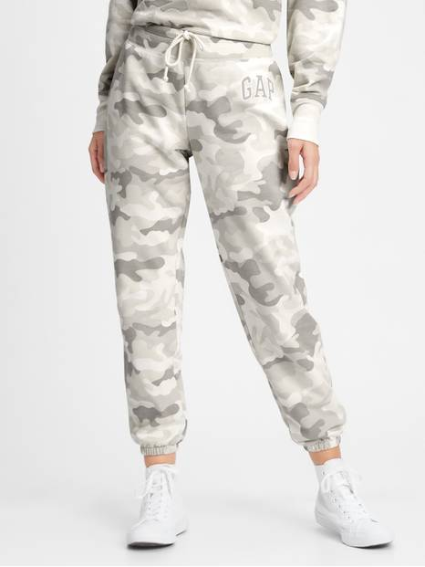 Gap Logo Joggers In Fleece