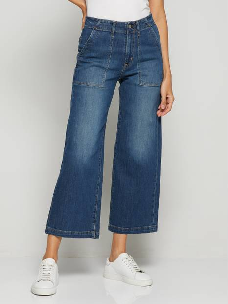 Retro High-Waisted Wide-Leg Jeans
